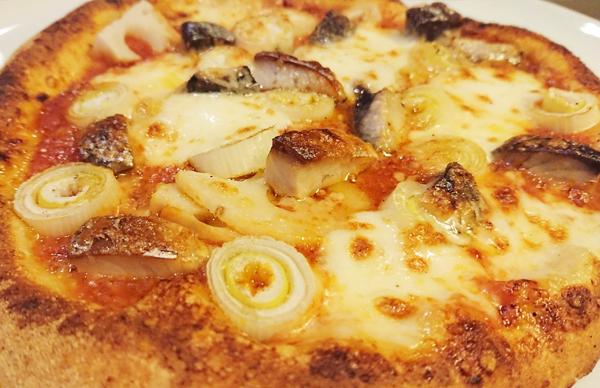 真鯖・蓮根・スモークモッツァレラチーズのトマトソース ¥1650