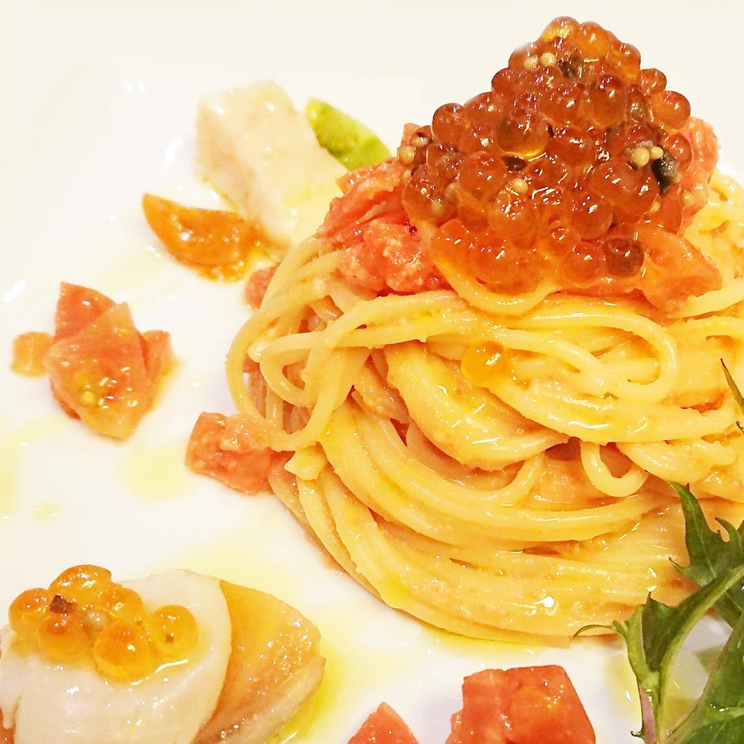 めんたい・サーモン・ホタテ・いくら・トマトのレモンバタースパゲティ